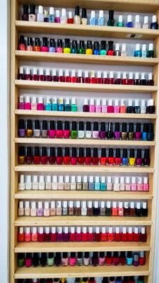 Bright colors, gel manicure, gel manicure near me